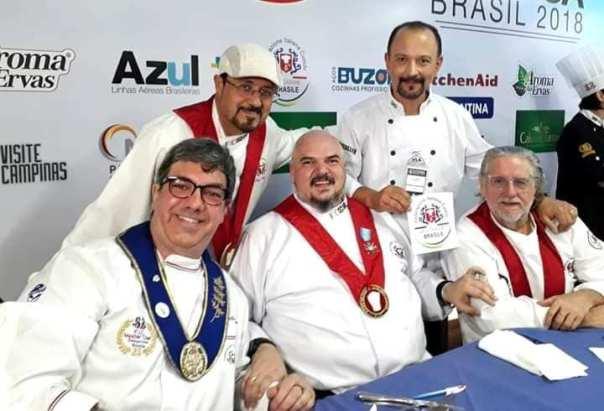 O chef Chiantelli com a diretoria da FIC Brasile